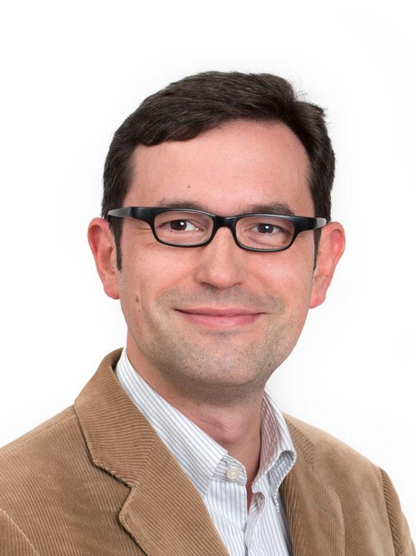 PD Dr. Luca Baschera